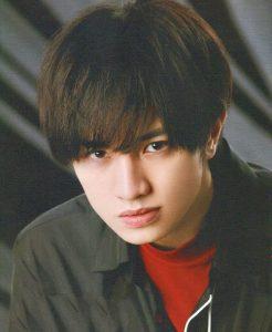 中島健人髪型 黒髪ストレート1